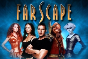 Ben Browder (Mitte) bei Farscape